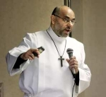 Hicham Chehab speaking at St. Matthew Lutheran Church in Barrington, IL